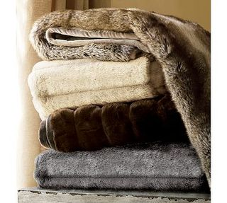 Faux fur throw pottery barn 49