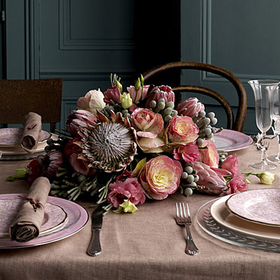 Jane-packer-tabletop-southern accents
