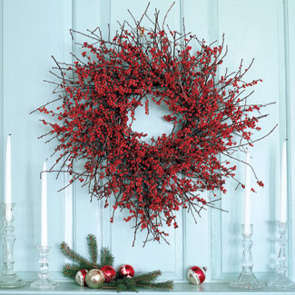 Christmas-wreath-craft-decorate-berries-fb