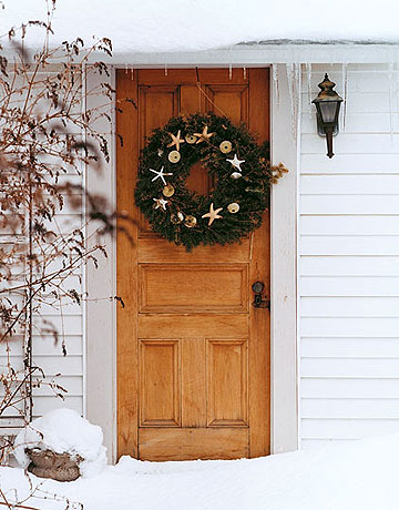 Country living door wreath