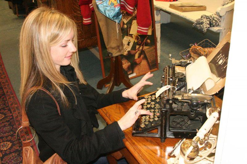 Typewriter RH