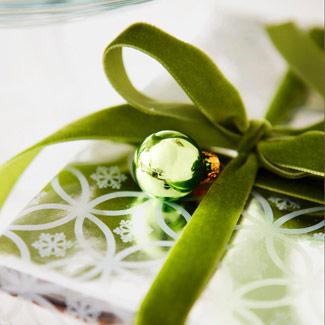 Gift-wrap-1209-lg
